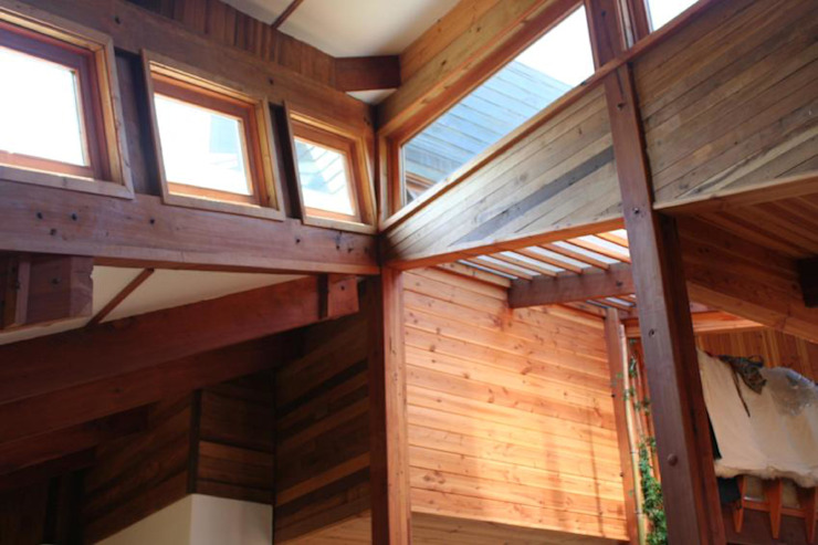 Casa Chauriye, Yunquen, Chile Paredes y pisos de estilo rural de MONAGHAN DESIGN SAS Rural Derivados de madera Transparente