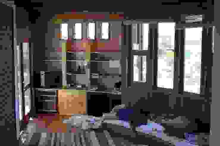 Casa Chauriye, Yunquen, Chile Estudios y despachos de estilo rural de MONAGHAN DESIGN SAS Rural Derivados de madera Transparente