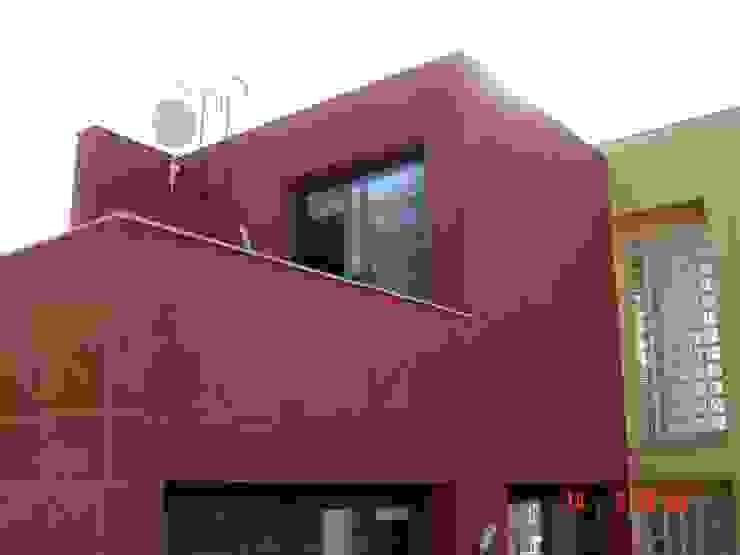 Casa Terra Brava, Tordera-España de MONAGHAN DESIGN SAS Moderno Concreto reforzado