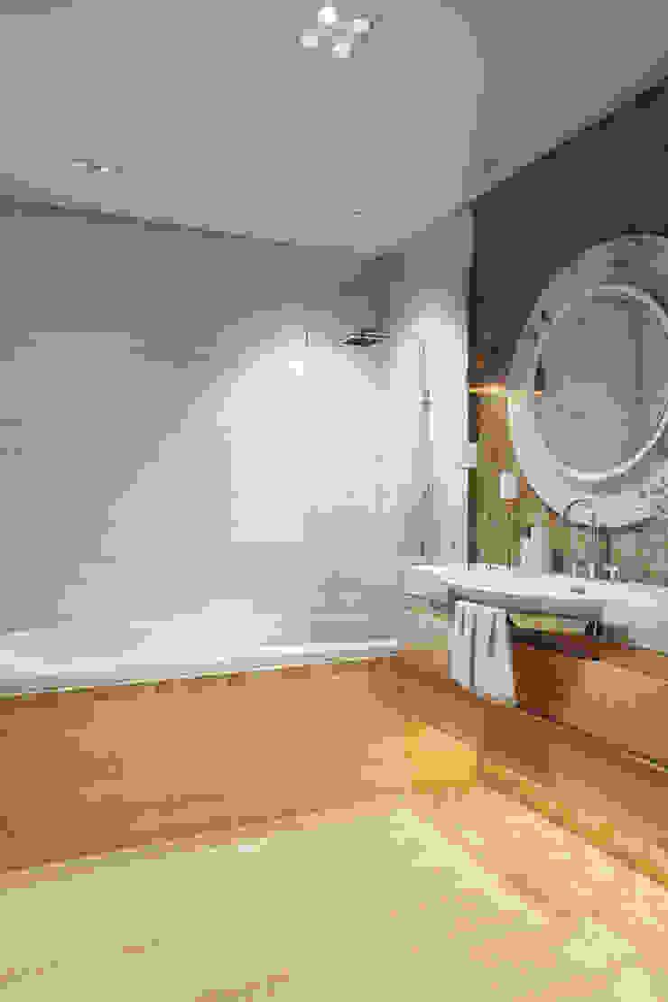 Design Studio Details Eclectic style bathroom