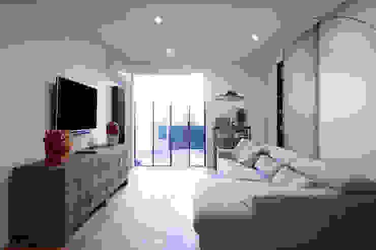 studioSAL_14 Modern Living Room White