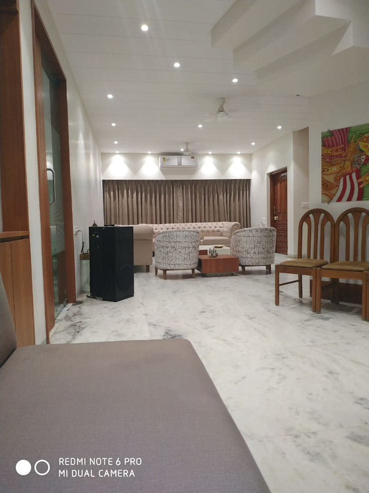 S.S.GILL 'A' DESIGN ASSOCIATES Modern living room