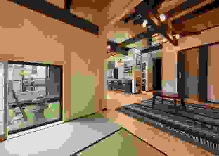 小栗建築設計室 Modern media room