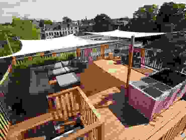 Schaduwdoeken op dakterras: modern  door ZONZ sunsails, Modern Kunststof