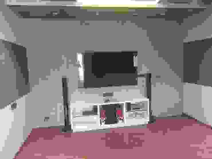 Krishbhai's Completed Project 'A' DESIGN ASSOCIATES Modern media room