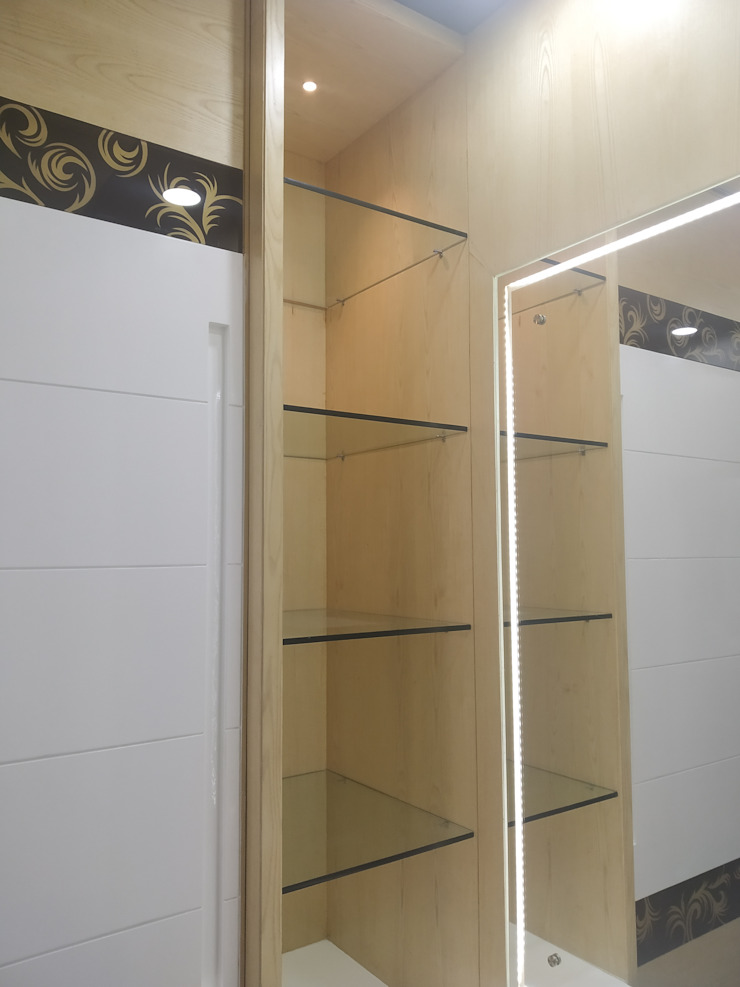 Krishbhai's Completed Project 'A' DESIGN ASSOCIATES Modern dressing room