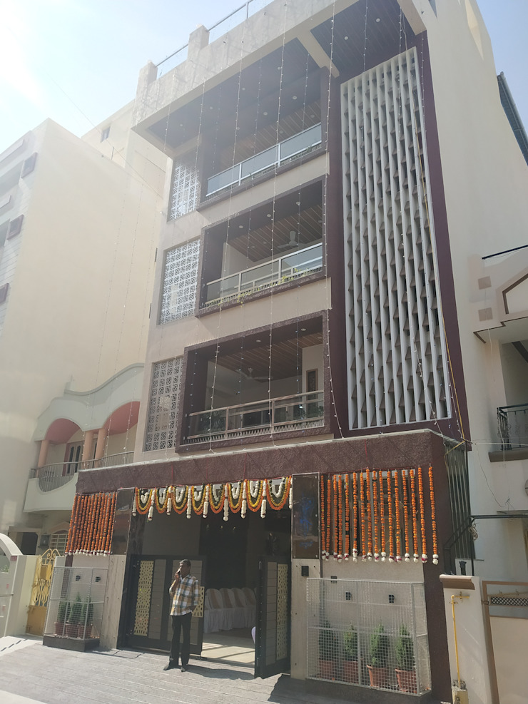 Krishbhai's Completed Project 'A' DESIGN ASSOCIATES Modern houses