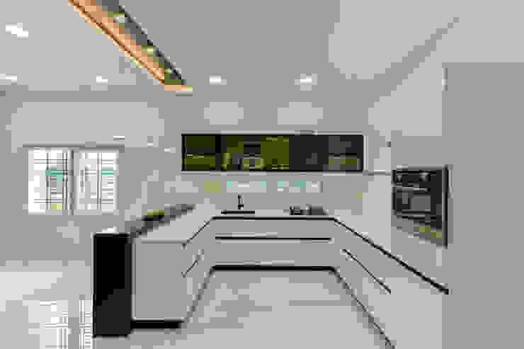 Residential Interior at Sankeshwar, Karnataka by A B Design Studio Modern