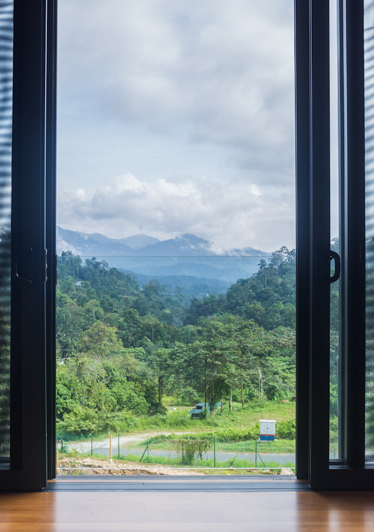 Mountain range view Tropical windows & doors by MJ Kanny Architect Tropical