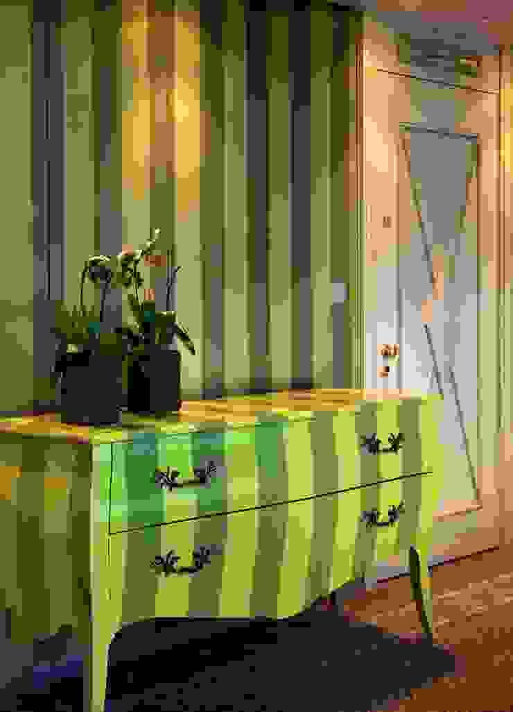 Blu dipinto di Blu โรงแรม Green