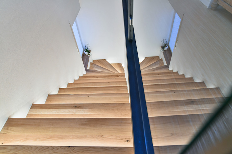 stairway renovation edictum - UNIKAT MOBILIAR Stairs Glass Brown
