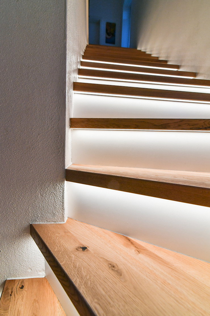 stairway renovation edictum - UNIKAT MOBILIAR Stairs Wood Amber/Gold