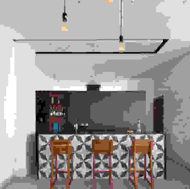 Daniel Cota Arquitectura   Despacho de arquitectos   Cancún Dining roomChairs & benches