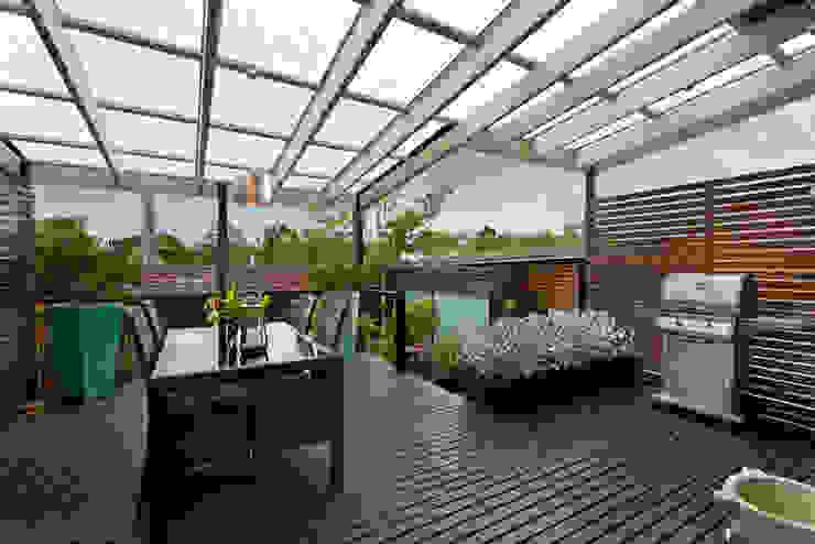 Cambio de Policarbonato | cambiodepolicarbonato.cl Classic style balcony, veranda & terrace Wood Amber/Gold