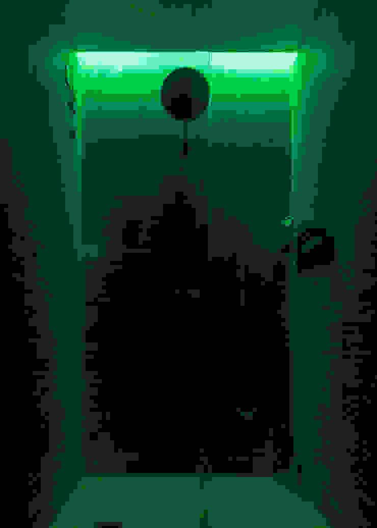 Annalisa Carli Modern bathroom Wood Blue