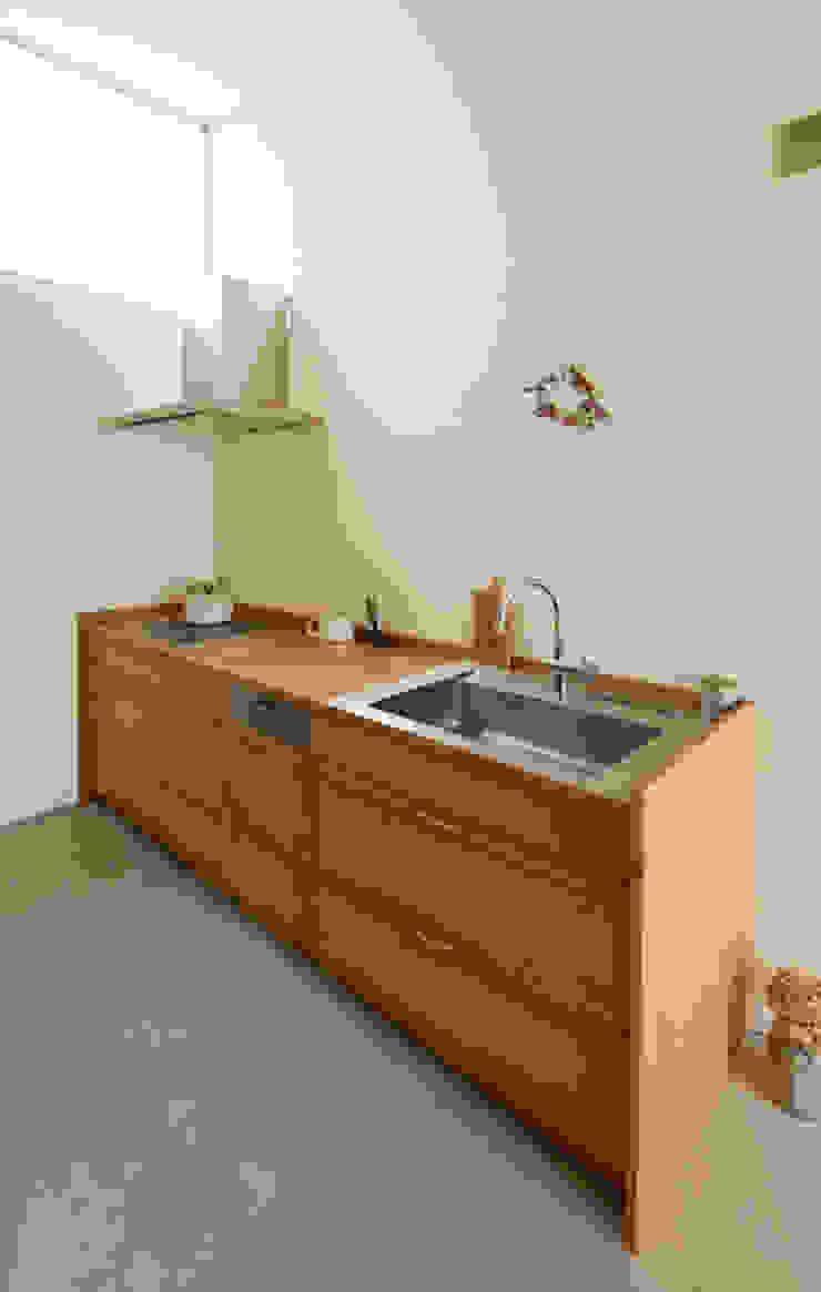 家具・キッチン の 松原建築計画 一級建築士事務所 / Matsubara Architect Design Office 北欧 木 木目調