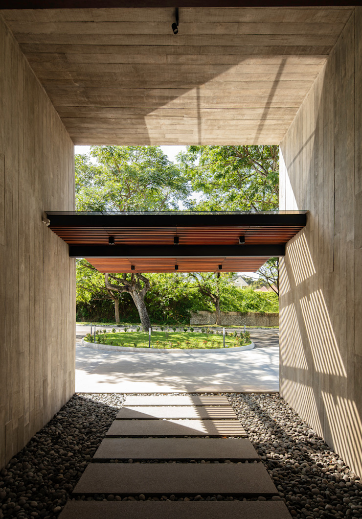 Entry glass and timber Canopy MJ Kanny Architect Tropical style corridor, hallway & stairs