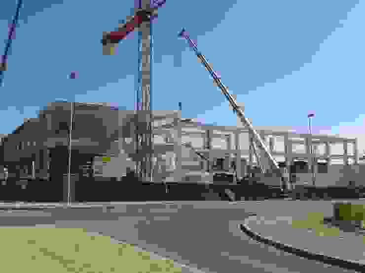 Estructura prefabricada de hormigón armado Casas de estilo industrial de OCTANS AECO Industrial