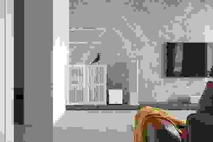 機櫃 现代客厅設計點子、靈感 & 圖片 根據 極簡室內設計 Simple Design Studio 現代風