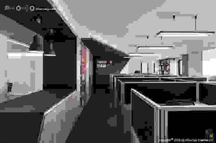 辦公區與logo主牆 根據 光合作用設計有限公司 現代風 金屬