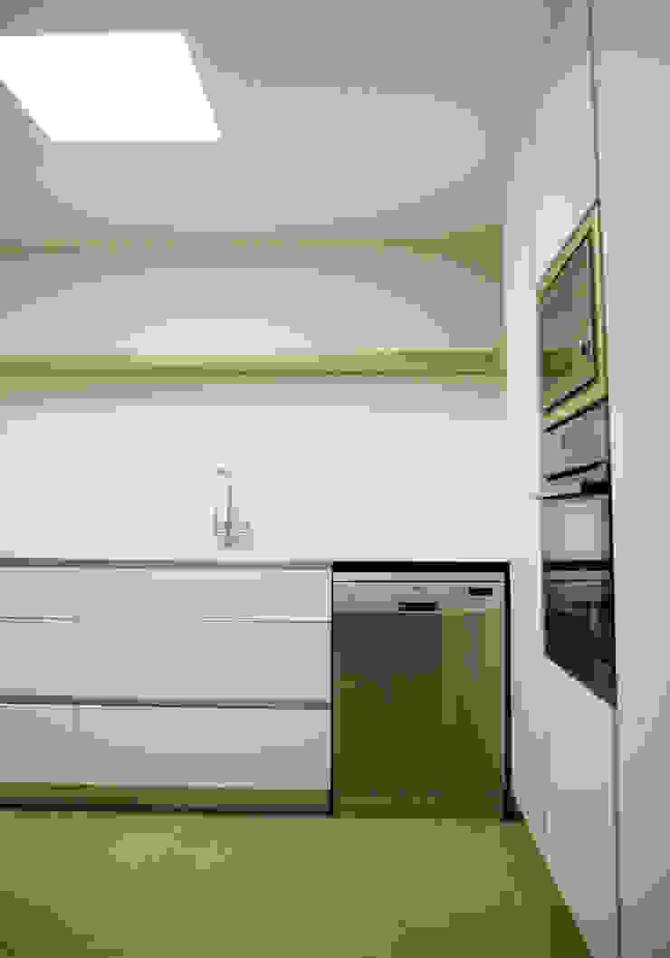Refroma de cocina - Vista interior OCTANS AECO Cocinas de estilo moderno