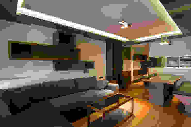 MANUEL TORRES DESIGN Living room Wood Grey