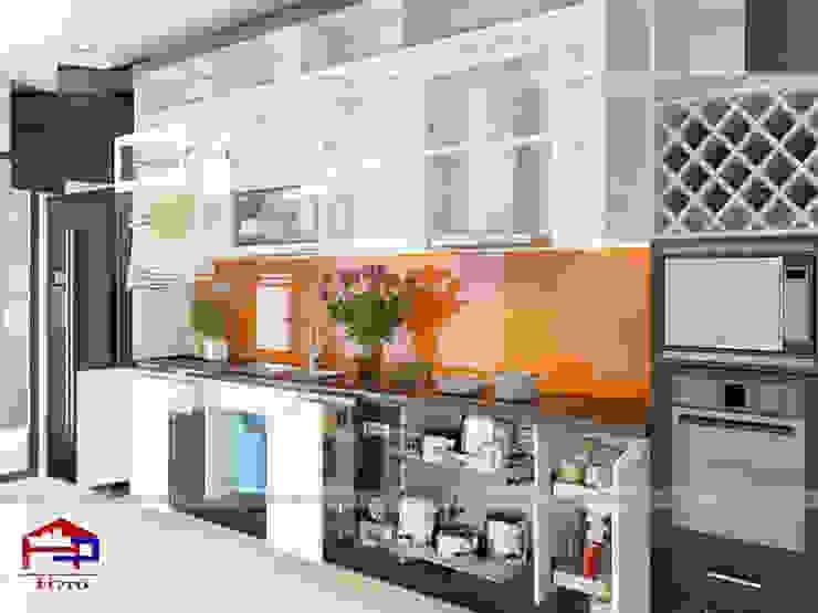 Ảnh thiết kế 3D bộ tủ bếp gỗ công nghiệp đẹp acrylic nhà anh Thành - Mỹ Đình Nội thất Hpro KitchenCabinets & shelves Gỗ Multicolored