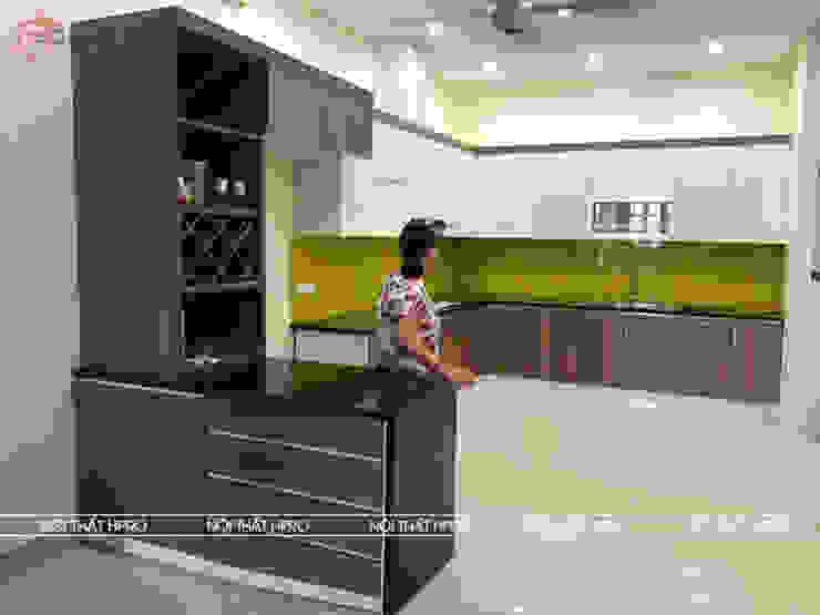Hình ảnh thực tế mẫu tủ bếp gỗ công nghiệp giá rẻ melamine nhà anh Cường – Hà Đông Nội thất Hpro KitchenCabinets & shelves Gỗ Multicolored