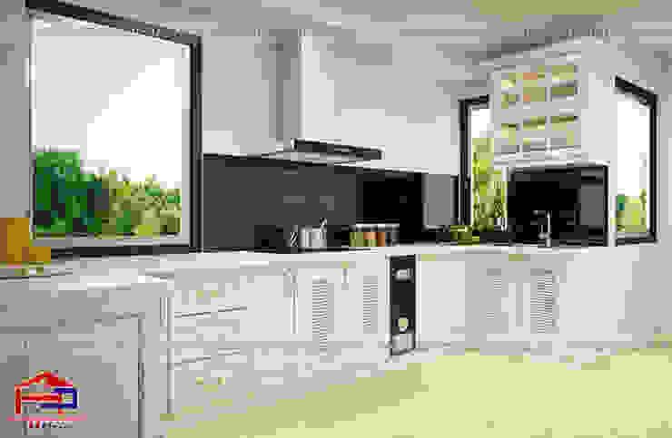 Mẫu tủ bếp tân cổ điển chữ L cạnh ô cửa sổ Nội thất Hpro KitchenCabinets & shelves Gỗ Multicolored