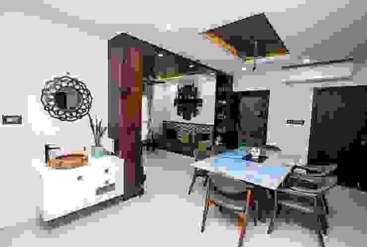 Sala da pranzo in stile asiatico di ARK Architects & Interior Designers Asiatico