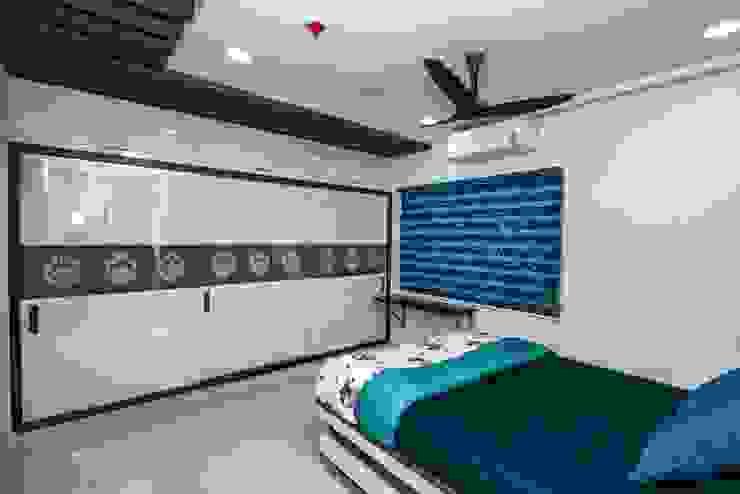 di ARK Architects & Interior Designers Asiatico