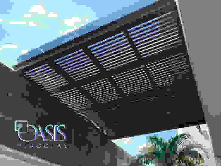 Domo de Cristal, Película de Control Solar, Acero y Madera para estacionamientos Oasis Pérgolas Condominios