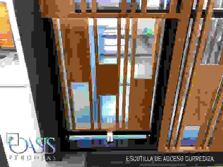Oasis Pérgolas Balcones y terrazas de estilo minimalista