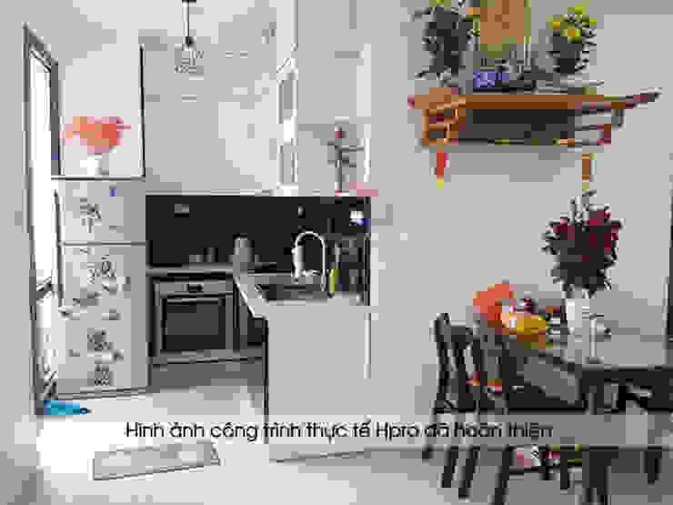 Hình ảnh thực tế bộ tủ bếp chữ L nhỏ gọn, hiện đại của nhà anh Nam - Đại Mỗ Nội thất Hpro KitchenCabinets & shelves Gỗ Multicolored