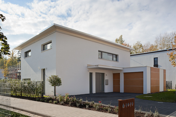 Einfamilienwohnhaus in Pforzheim von Geiger Architektur Modern Stein