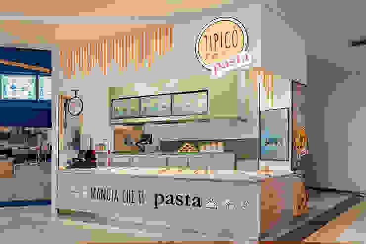 Punto vendita Gastronomia in stile mediterraneo di manuarino architettura design comunicazione Mediterraneo Ferro / Acciaio
