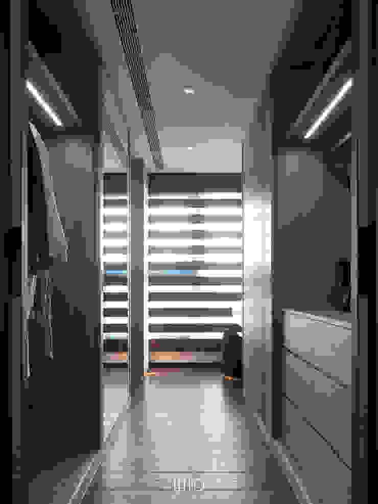Vestidores de estilo moderno de WID建築室內設計事務所 Architecture & Interior Design Moderno