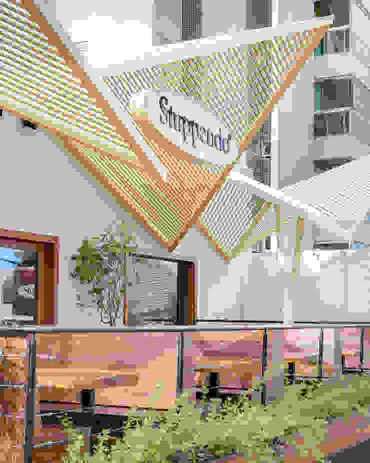 D arquitetura Bar & Klub Gaya Eklektik Kayu Wood effect
