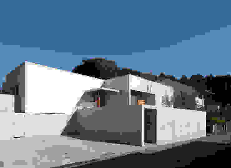 権常寺の家 外観 の Atelier Square モダン スレート