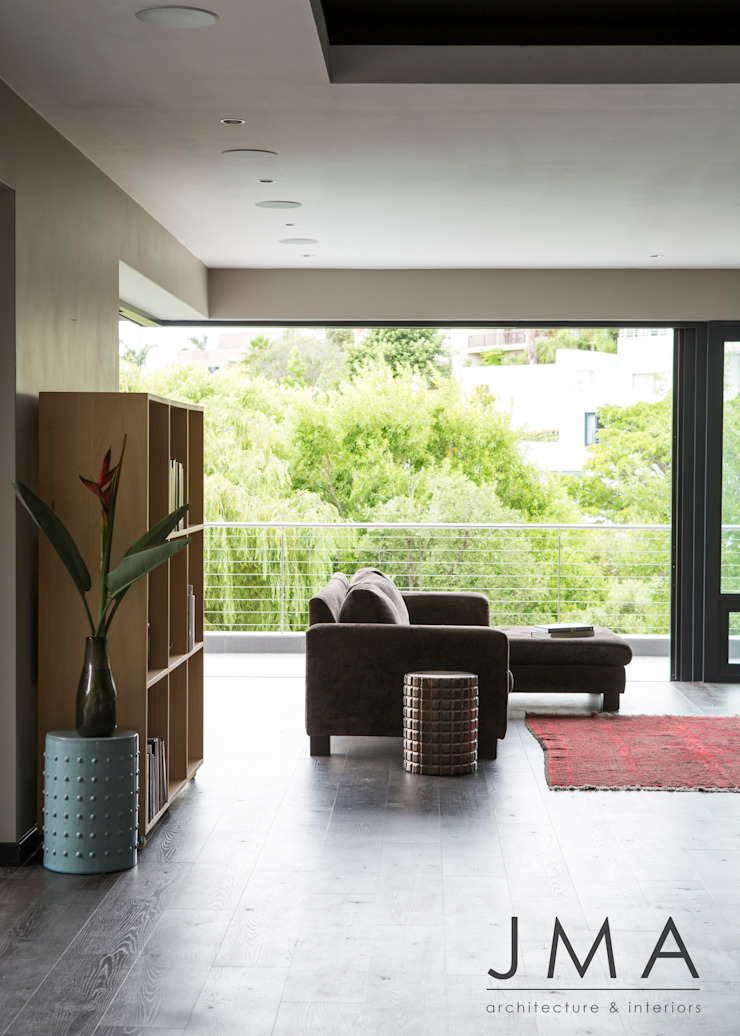 Welgedacht Villa - Living Area Modern living room by Jenny Mills Architects Modern