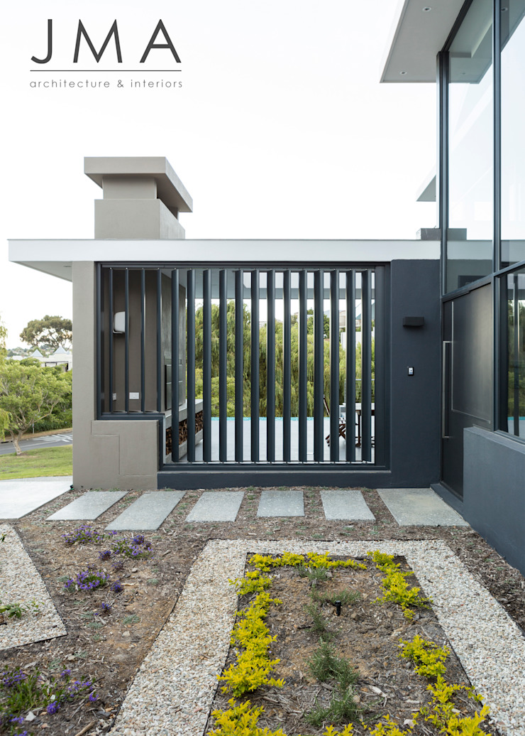 Welgedacht Villa - Exterior by Jenny Mills Architects Modern
