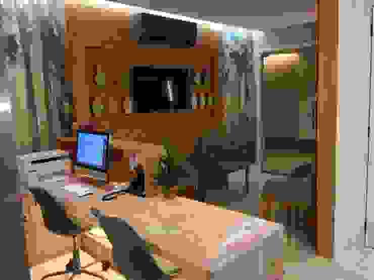 Porta de entrada Clínicas modernas por Marcelle de Castro - arquitetura|interiores Moderno