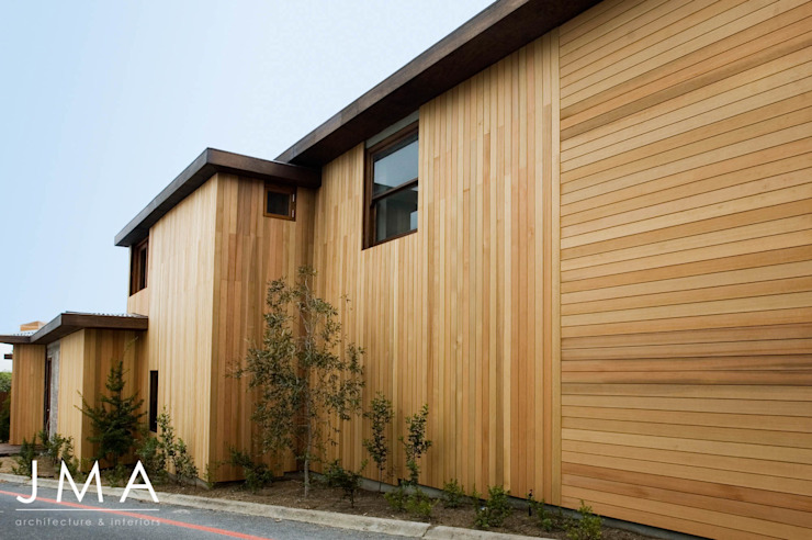 Award Winning Clifton Bundalow - Exterior Architectural Features by Jenny Mills Architects Country