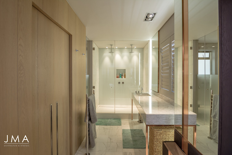 Sea Point Apartment - Main En-suite Modern bathroom by Jenny Mills Architects Modern