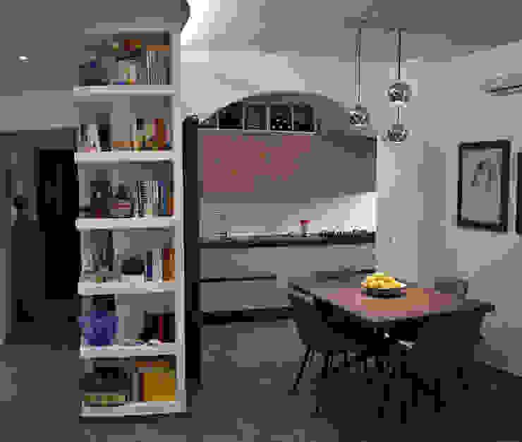 Open Space, appartamento sito in Roma zona Casaletto Ma.Ni. Ristrutturazioni Sala da pranzo moderna