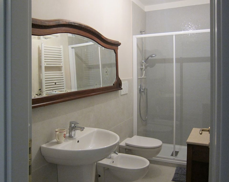 Il secondo bagno Studio Dalla Vecchia Architetti Bagno in stile classico