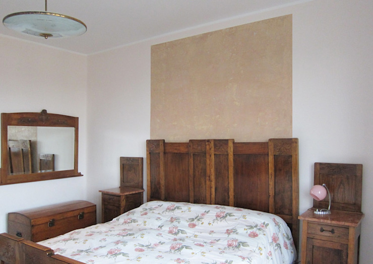 particolare della camera da letto Studio Dalla Vecchia Architetti Camera da letto in stile classico