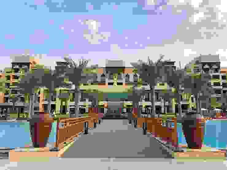 Exterpark Hotels Engineered Wood