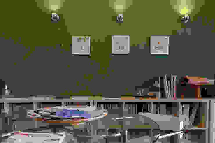 Full color study Architetto Floriana Errico Studio moderno Cemento Verde