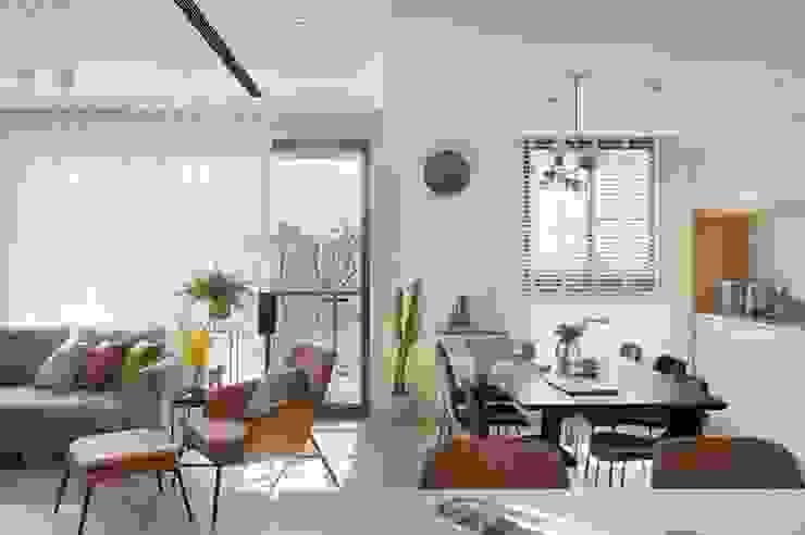 森活 现代客厅設計點子、靈感 & 圖片 根據 澄月室內設計 現代風